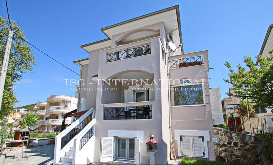 Nea Peramos - луксозна самостоятелна къща